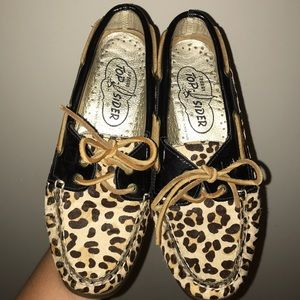 Only worn once!! Size 8 LEOPARD PRINT SPERRYS